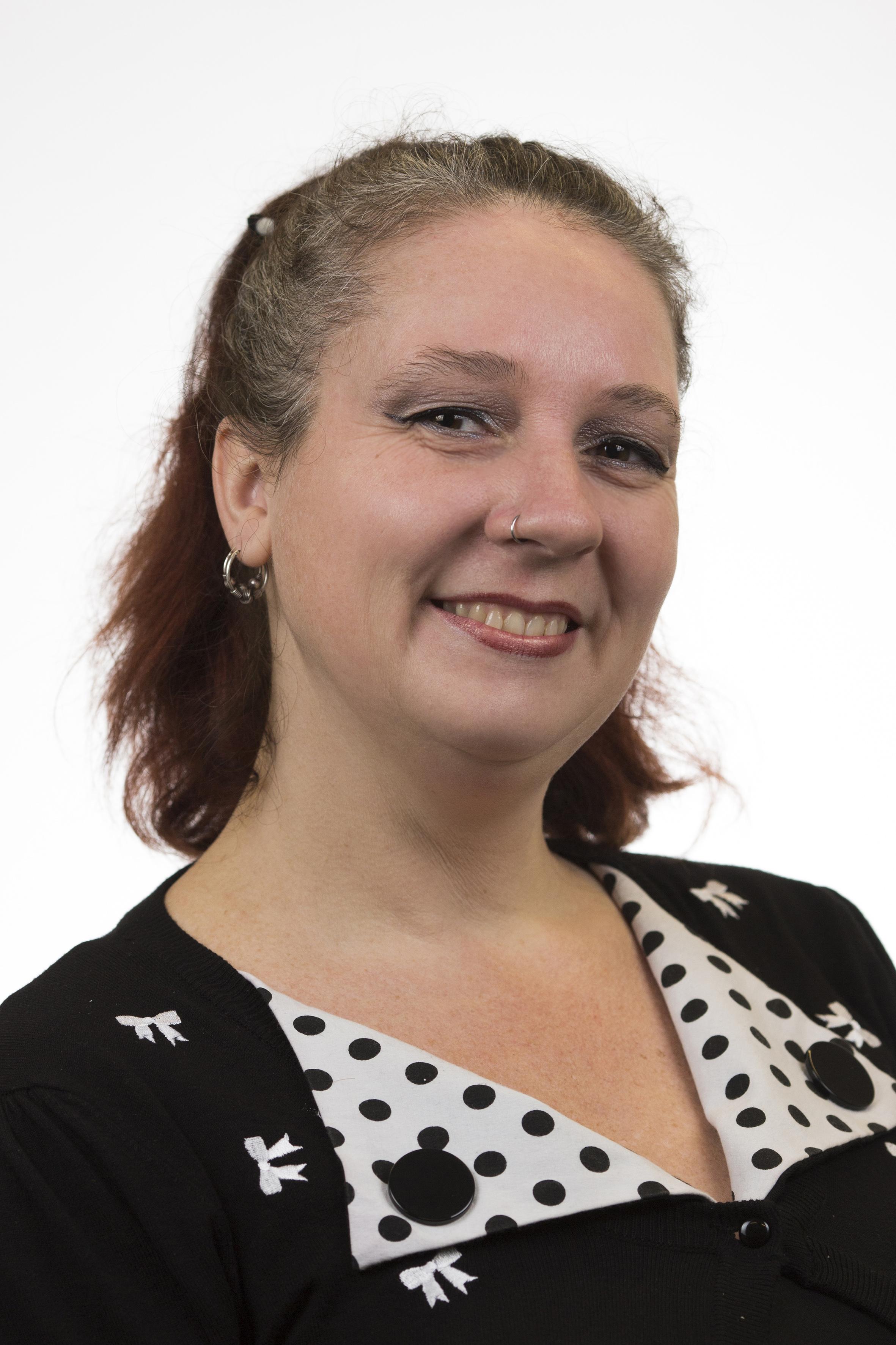 Lisa De Leeuw Knaw Research Portal
